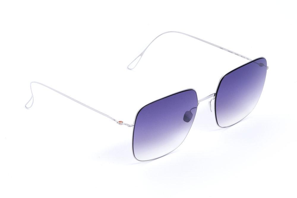 haffmans_neumeister_delavault_silver_purple_rain_gradient_ultralight_sunglasses_angle_102406.jpg