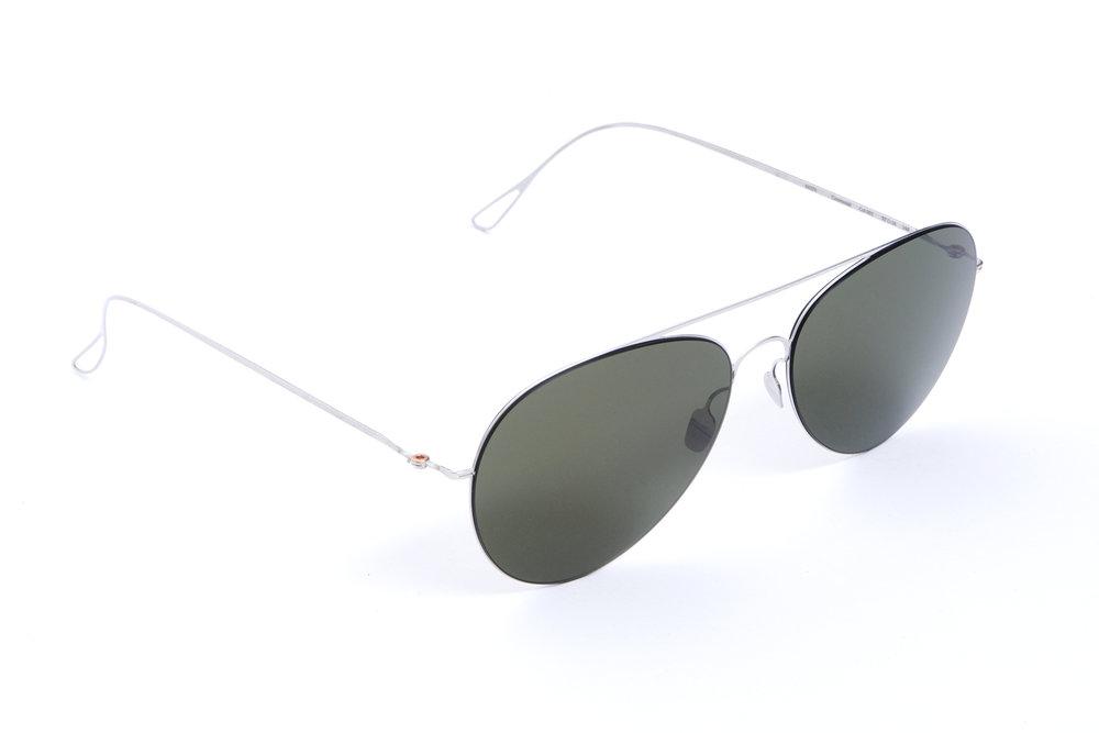 haffmans_neumeister_centennial_silver_g15_ultralight_sunglasses_angle_102414.jpg