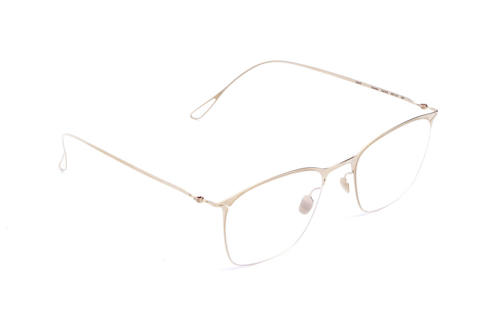 haffmans_neumeister_gurvich_crémant_clear_ultralight_eyeglasses_angle_102419.jpg