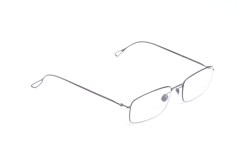 haffmans_neumeister_larson_gunmetal_clear_ultralight_eyeglasses_angle_102457.jpg