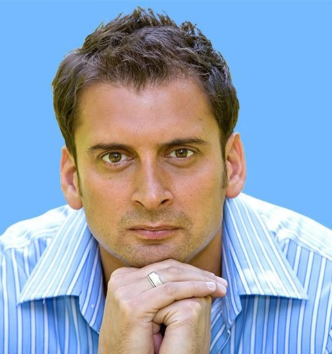Co-Founder of We Do Things Differently    Jamil Qureshi is one of today's foremost practitioners of performance psychology. Jamil has enjoyed working with a rich diversity of talented businesses and sports people alike. Having spent many years working with the world's elite, he is in a genuinely unique position to define 'what makes the difference'.    An expert in the psychology of leadership, leadership communication, improving people performance, Jamil specialises in purposeful and meaningful change techniques. He now works regularly with business teams to maximise their potential and effect change.