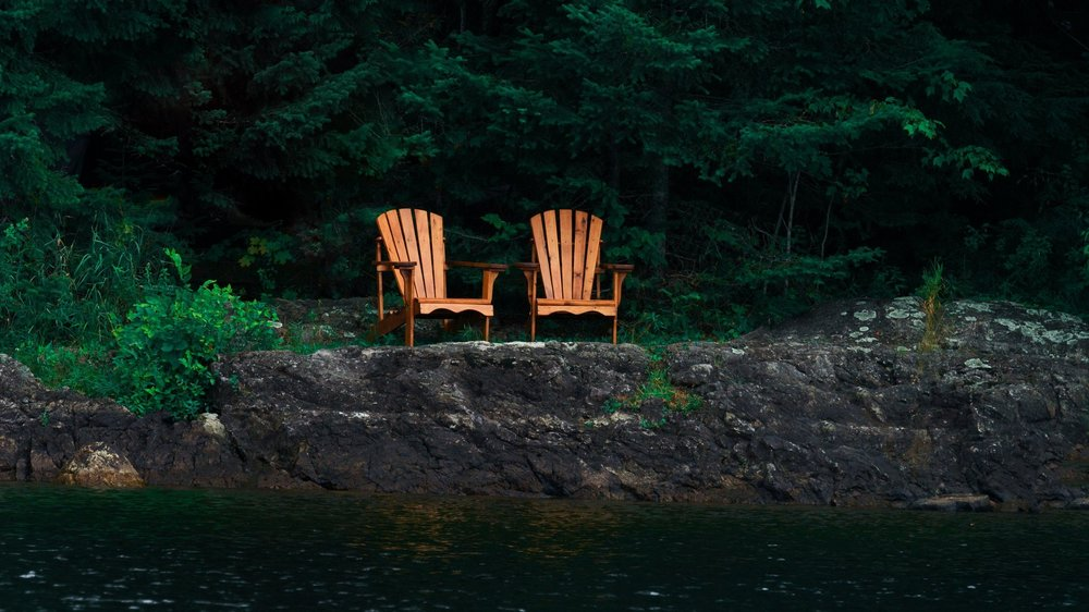 cottage-chairs-on-rocks_4460x4460.jpg
