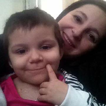 Ariella & Jen