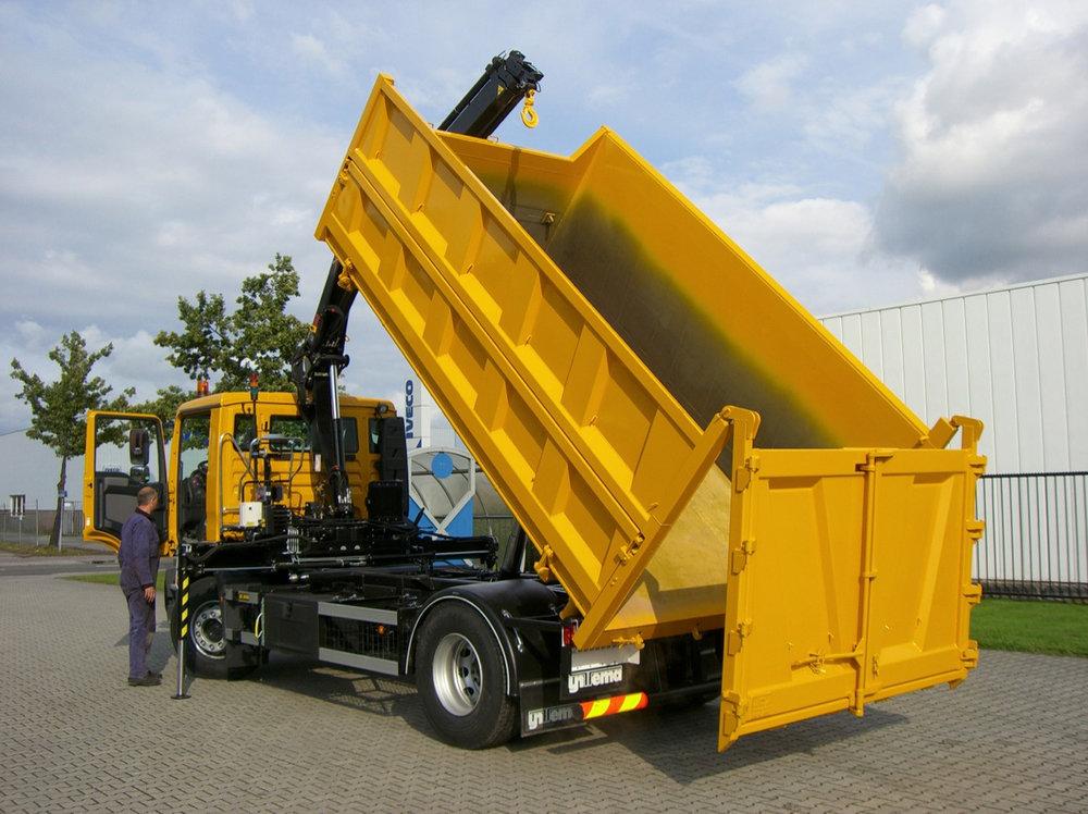 Containersysteem met haakarmcombi laad en loskraan- 500kb.jpg