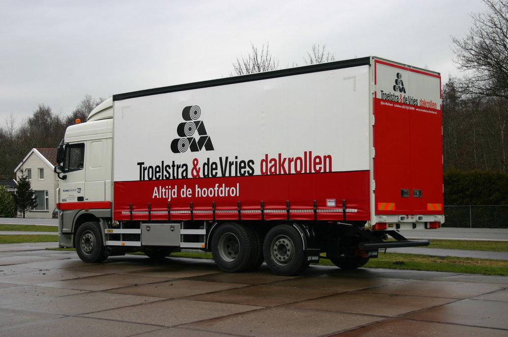 Troelstra en De Vries dakrollen - schuifzeilen carrosserie-_.jpg