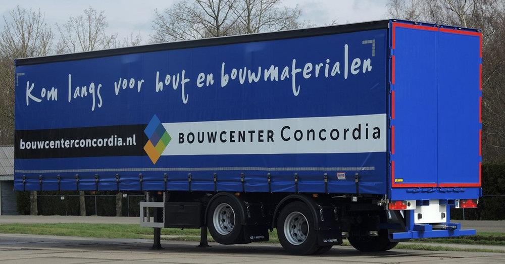 Schuifzeilcarrosserie voor Concordia te Meppel (2 van 4).jpg