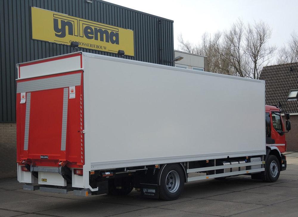 Gesloten plywood carrosserie voor transportbedrijf Kooiker te Grou (1 van 9).jpg