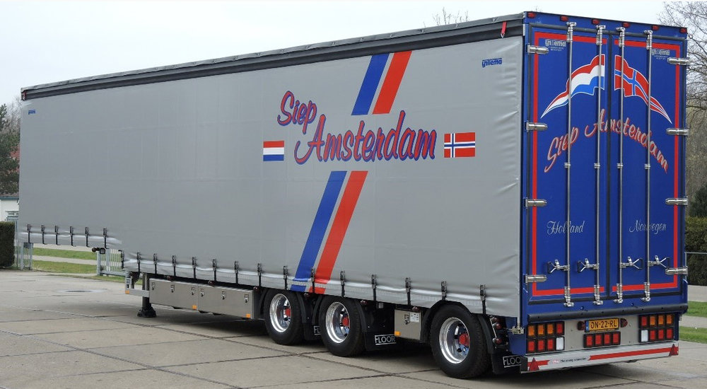 Semi dieplader met schuifzeilen voor Siep Amsterdam (1 van 4).jpg