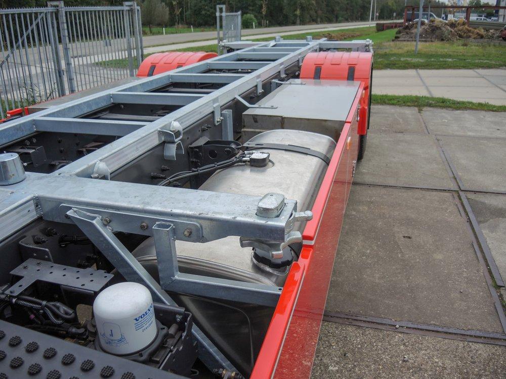 BDF berry wisselsysteem carrosserie voor De Jong Transport Woudsend