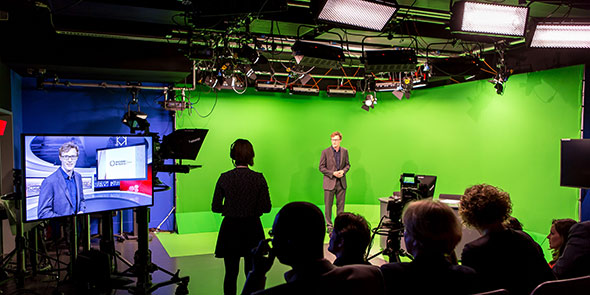 journalism-tv-studio