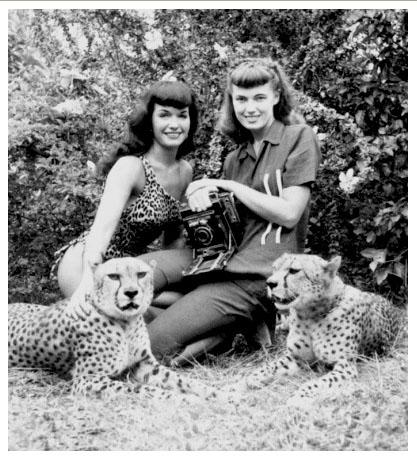 Bettie-Page-and-Cheetahjpg.jpg