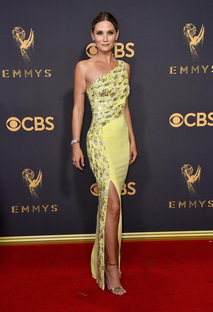 Singer Jennifer Nettles attends the 69th Annual Primetime Emmy Awards