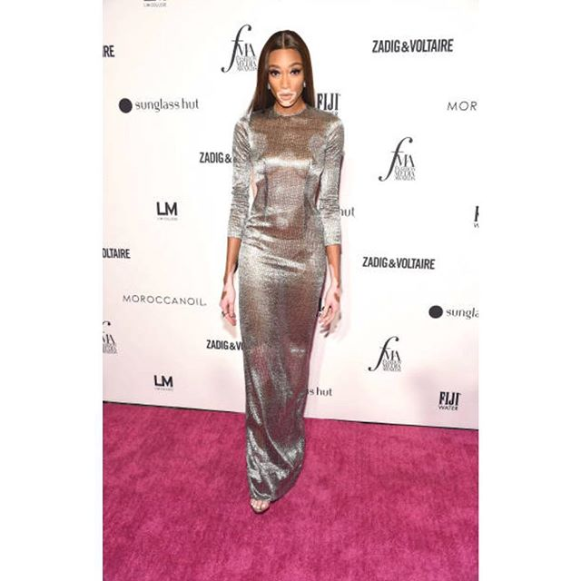 Tonight's honoree @winnieharlow in custom #pamellaroland at the @dailyfrontrow  awards ! Styled by @jasonrembert