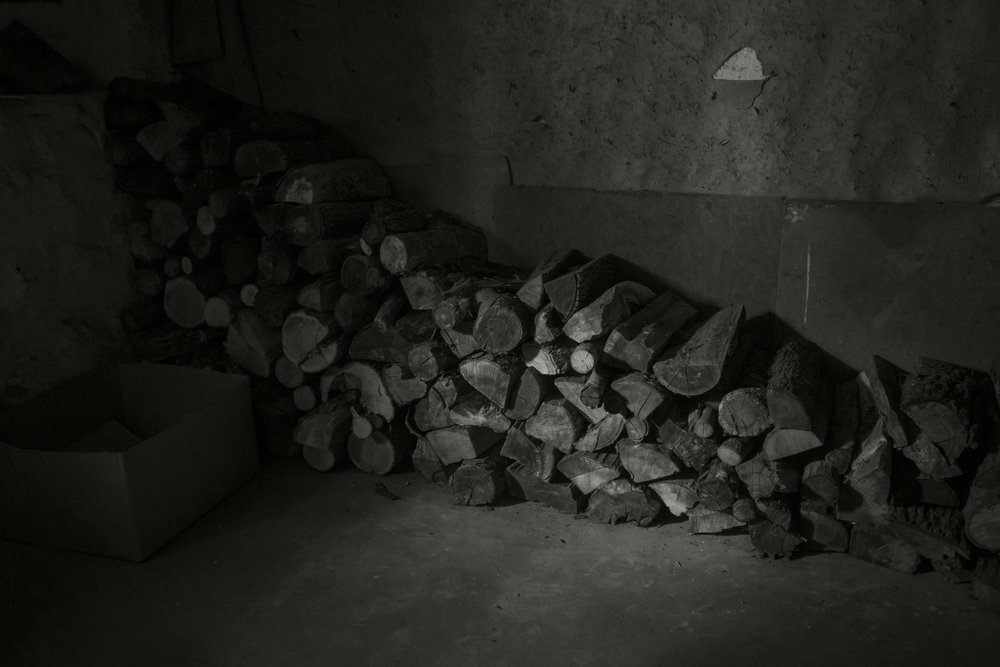 basement-woodpile_24068194812_o.jpg