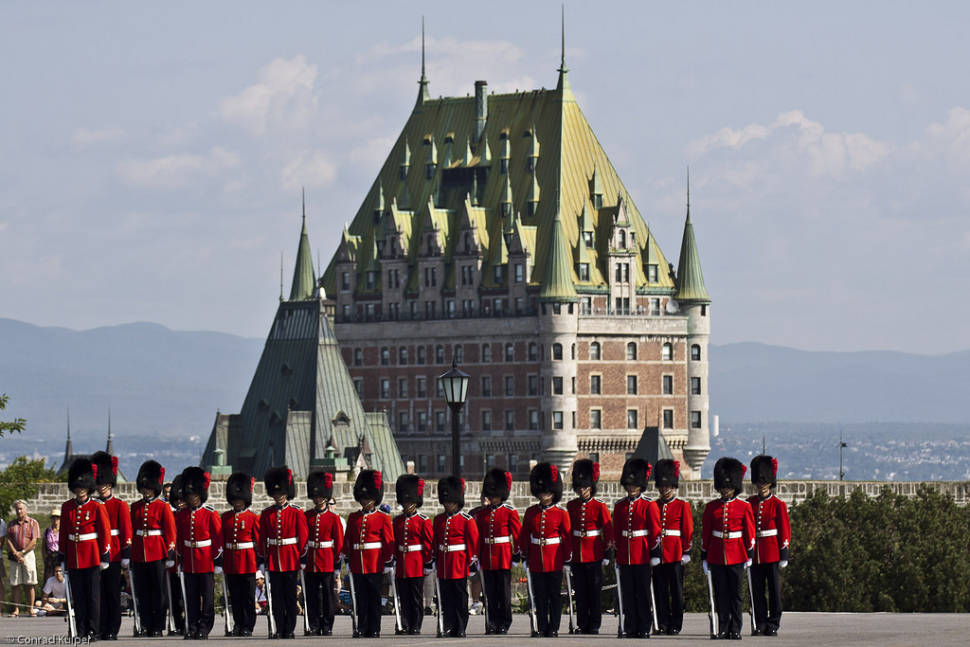 quebec_changing-of-the-guard_w970.jpg