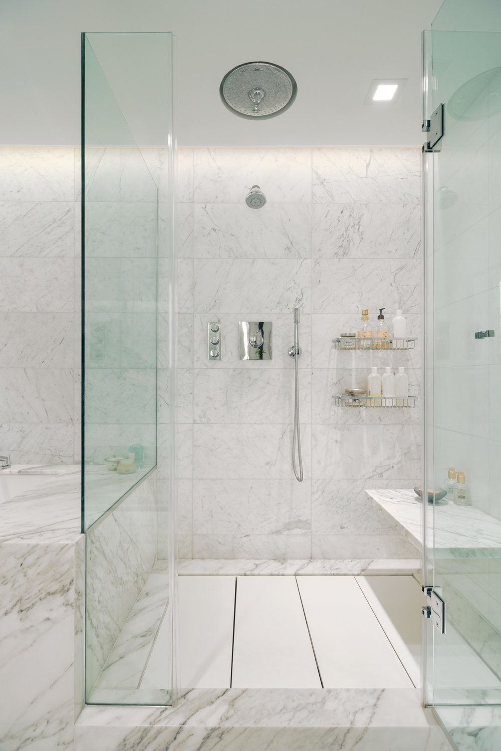 new-york-architect-adi-gershoni-master-bathroom-7.jpg