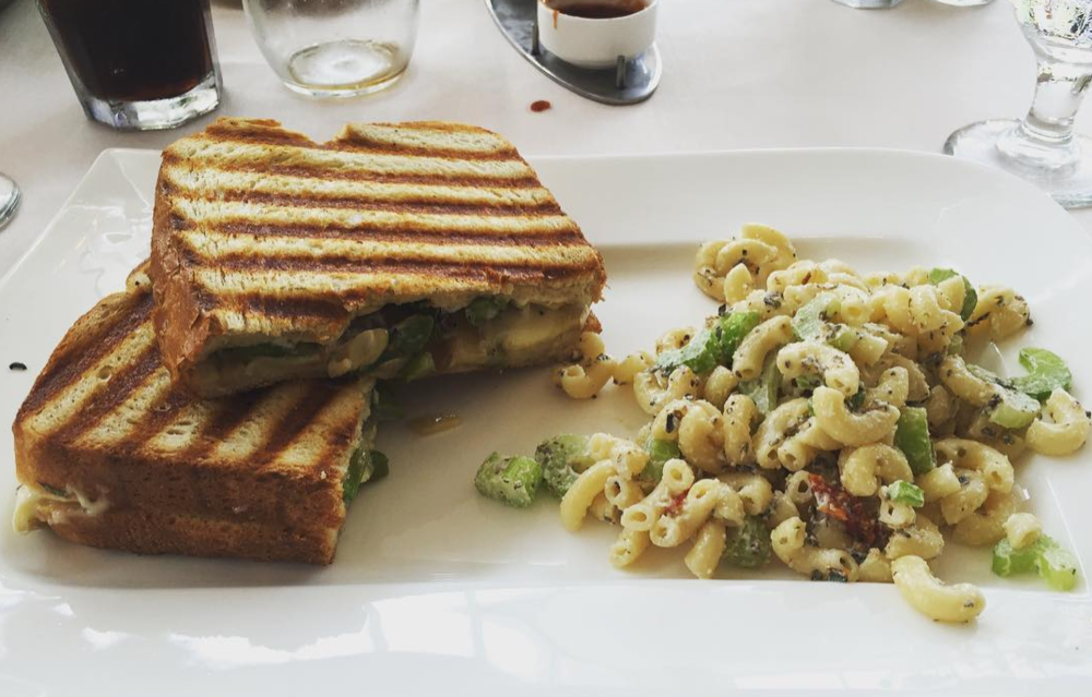 When you want your grilled cheese with a side of fine art, head to the Museum Cafe.