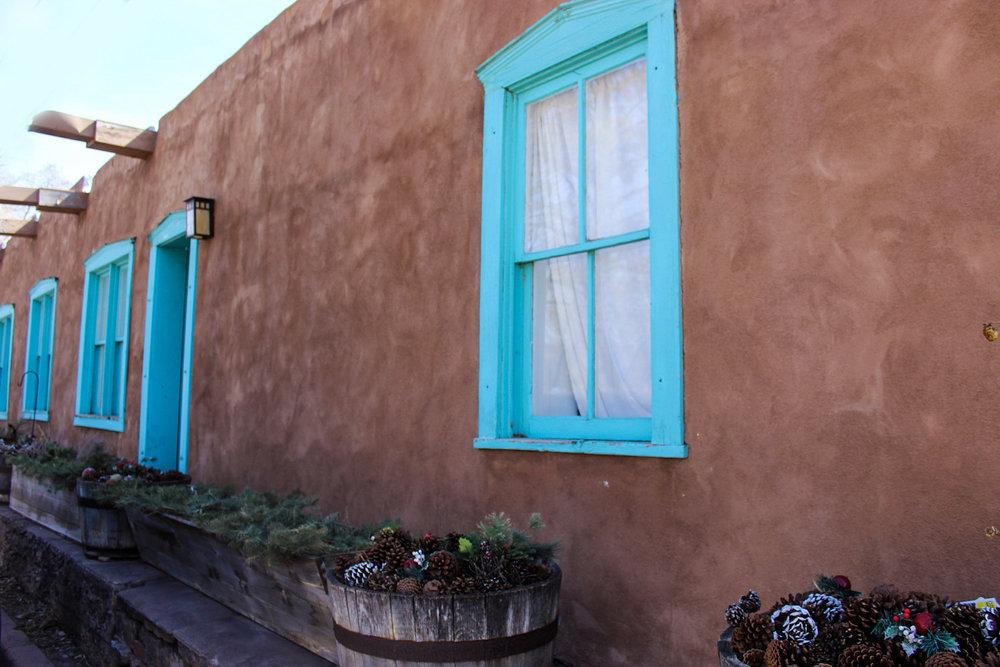 11-blue+window.jpg