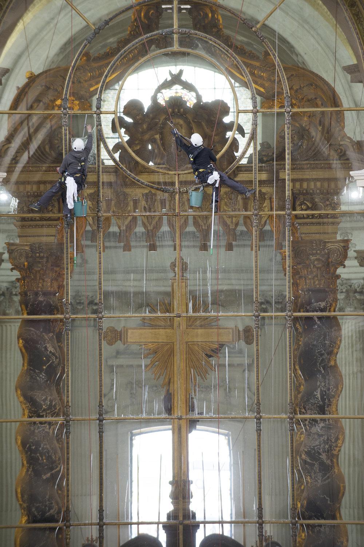 0316_Nettoyage Cathédrale Saint Louis_PS_016.jpg