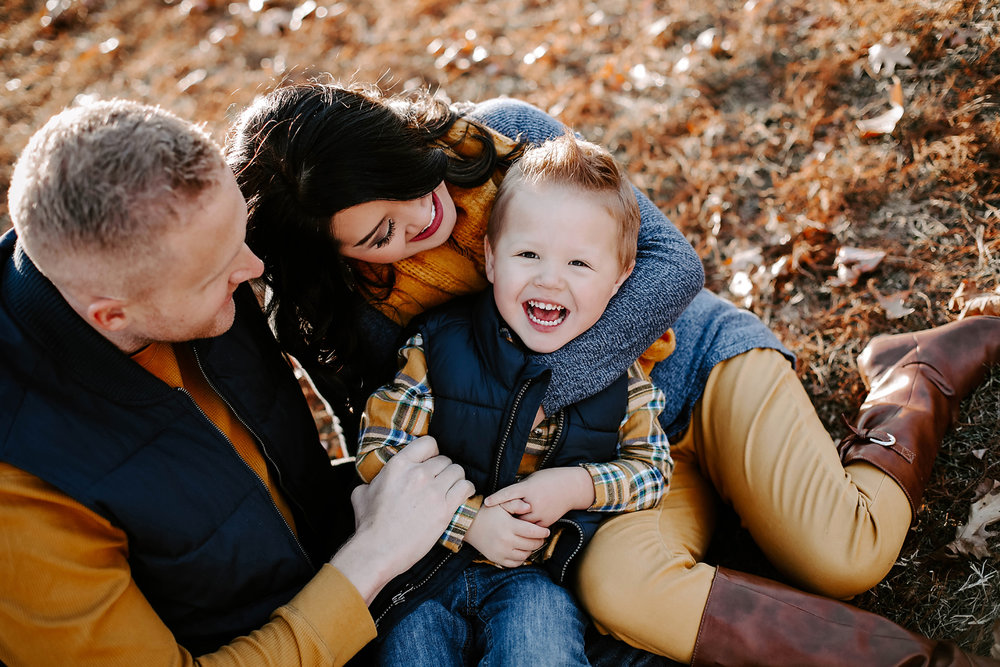 Sweet family photo session in the Fall at Will Rogers Park in Oklahoma City, Oklahoma.