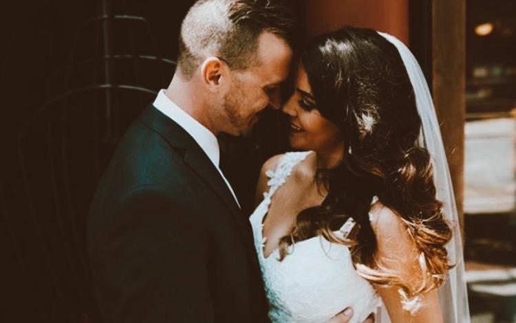 Photo Credit: Erin Hannum, Detroit Wedding Photographer, Instagram: @erinhannumphotography