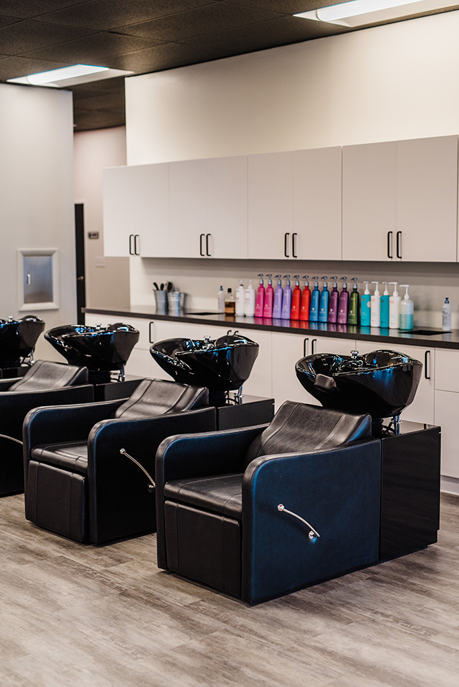 Headz-salon-hair-wash-station.jpg