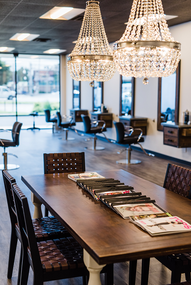 Headz-salon-waiting-area.png