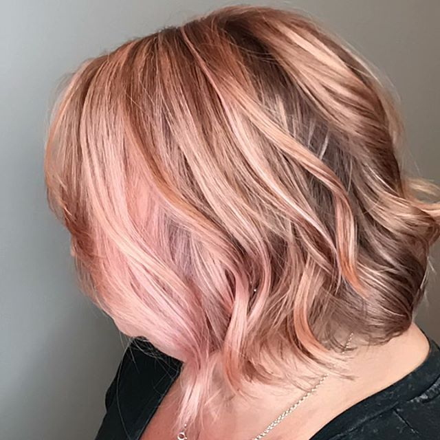 This rose gold is so dreamy! ... .. . #louisvillesalon #louisvillehastylist #hairstylists #hairofinstagram #hairinspo #louisvillehair #louisvillestylist #welovelou #louisvilleky #louisvillelove #louisvillelife #welovelouisville #explorelouisville #louisvillekentucky #keeplouisvillelocal #keeplouisvilleweird #headzsalon #colorproof #louisvillelife #goldwell