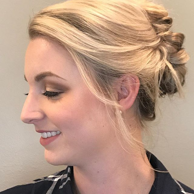 Have something special coming up this holiday? Come see us for your makeup and event hair! ... .. . #louisvilleky #louisvillesalon #keeplousivillelocal #louisvillelove #louisvillehair #louisvillestylist #hairinspo #louisvillesmallbusiness #keeplouisvilleweird #mua #louisvillemakeupartist #louisvillewedding