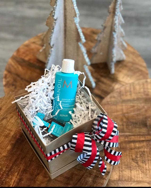 Needing some stocker stuffer ideas? We've got you covered! ... .. . #louisvilleky #louisvillesalon #keeplousivillelocal #louisvillelove #louisvillehair #louisvillestylist #hairinspo #louisvillesmallbusiness #keeplouisvilleweird #buylocallouisville #christmasideas #stockingstuffer #moroccanoil