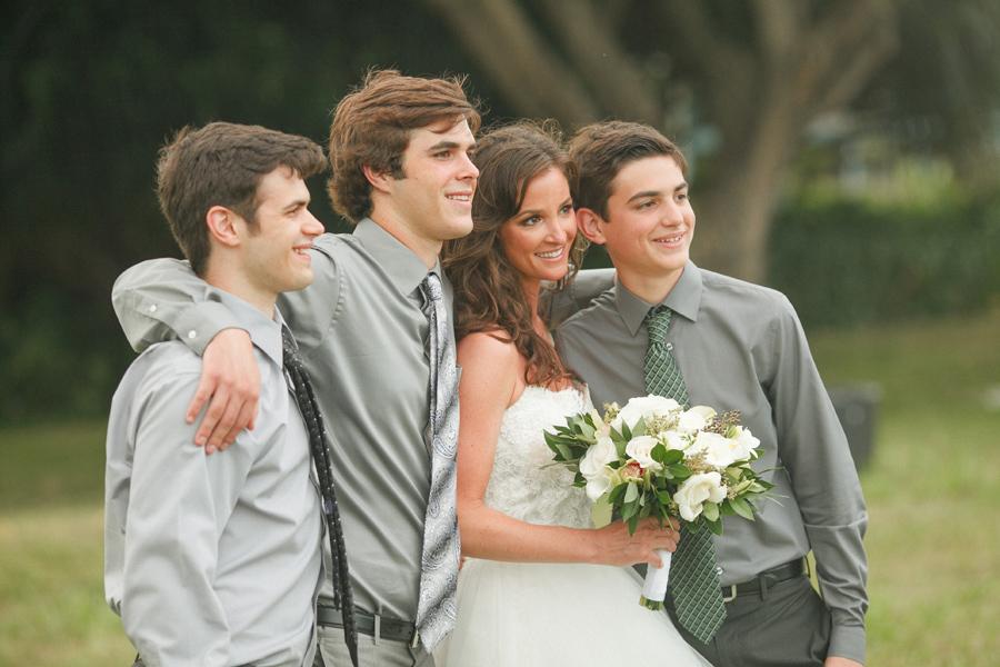 Romantic Kauai Family Wedding Portraits