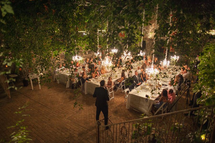 romantic reception haiku mill maui photographer