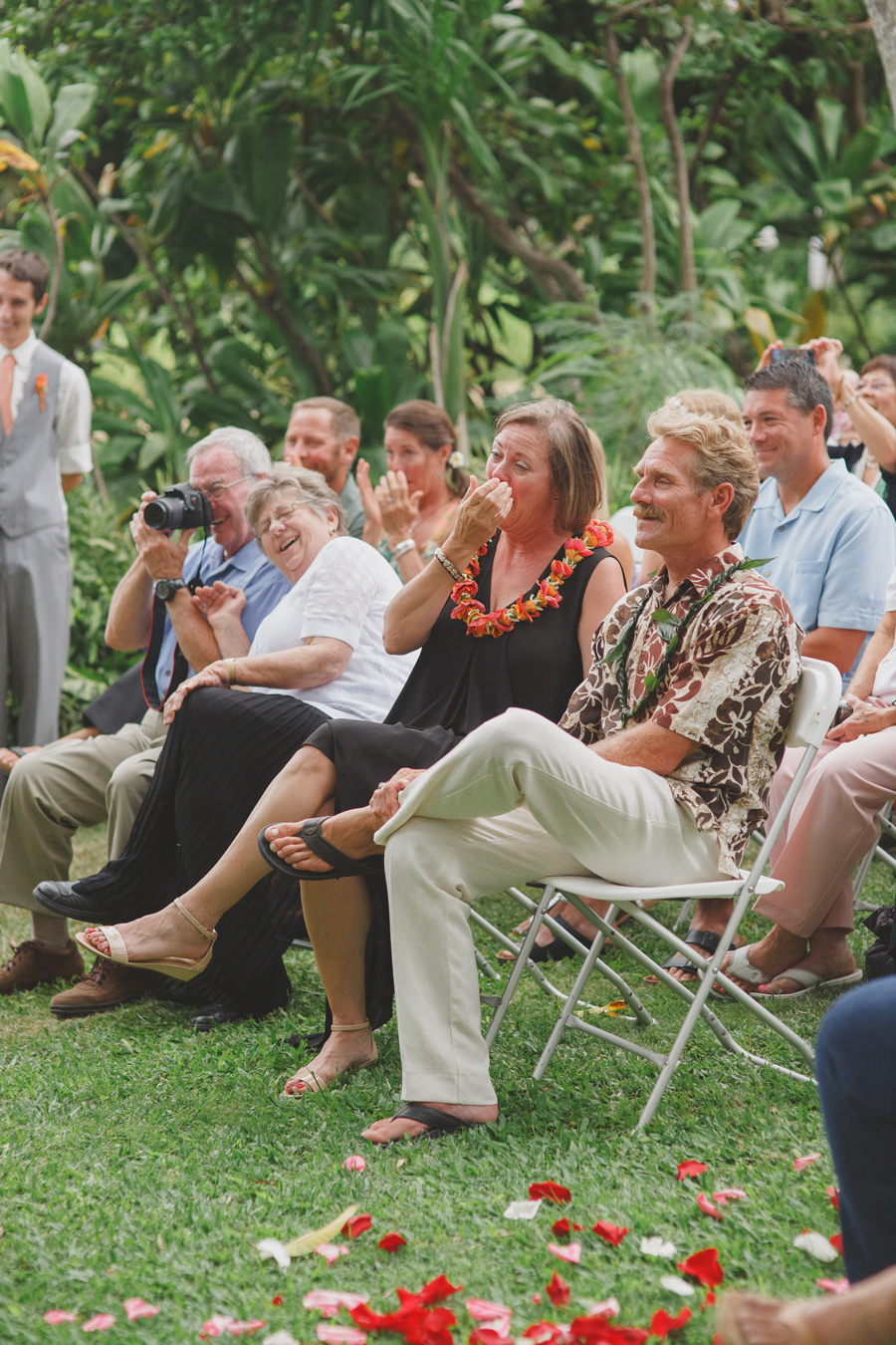 Parents Emotional at Maui Wedding Venue Bailey House Museum