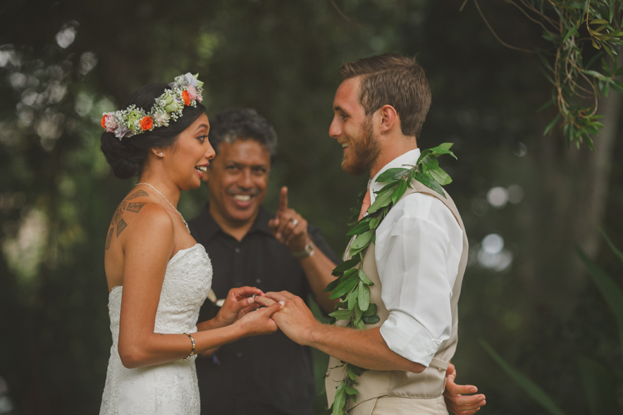 Bride getting ring at Maui Wedding Venue Bailey House Museum