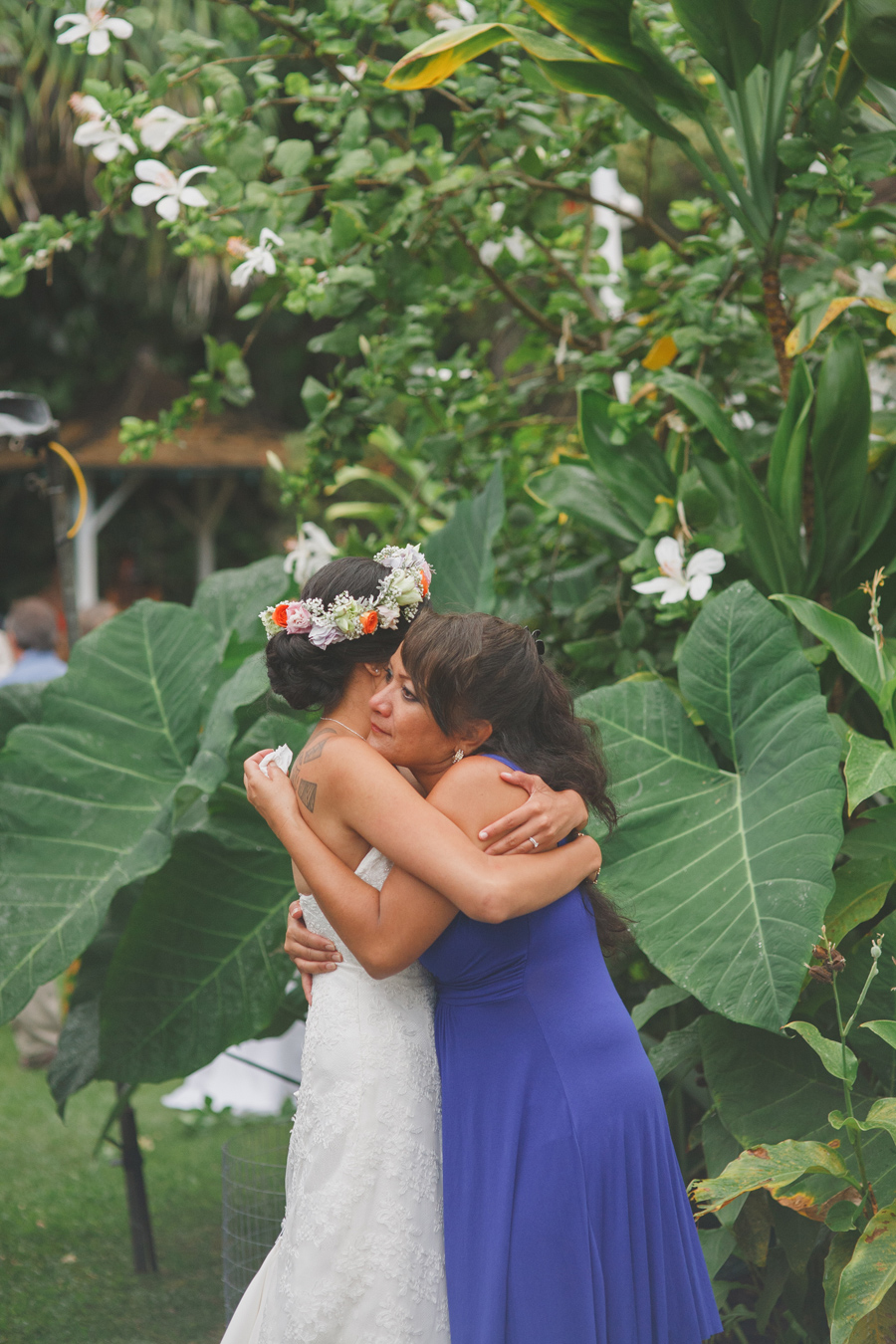 Mother Daughter Hug at Maui WEdding