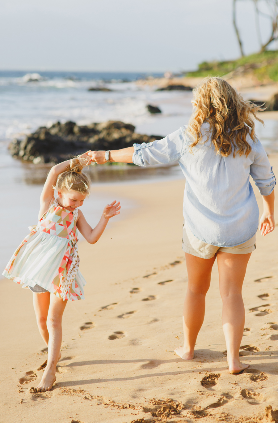 012-mother-daughter-maui-family-photography