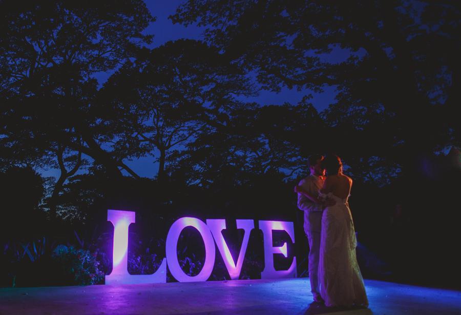 first dance wedding photography maui