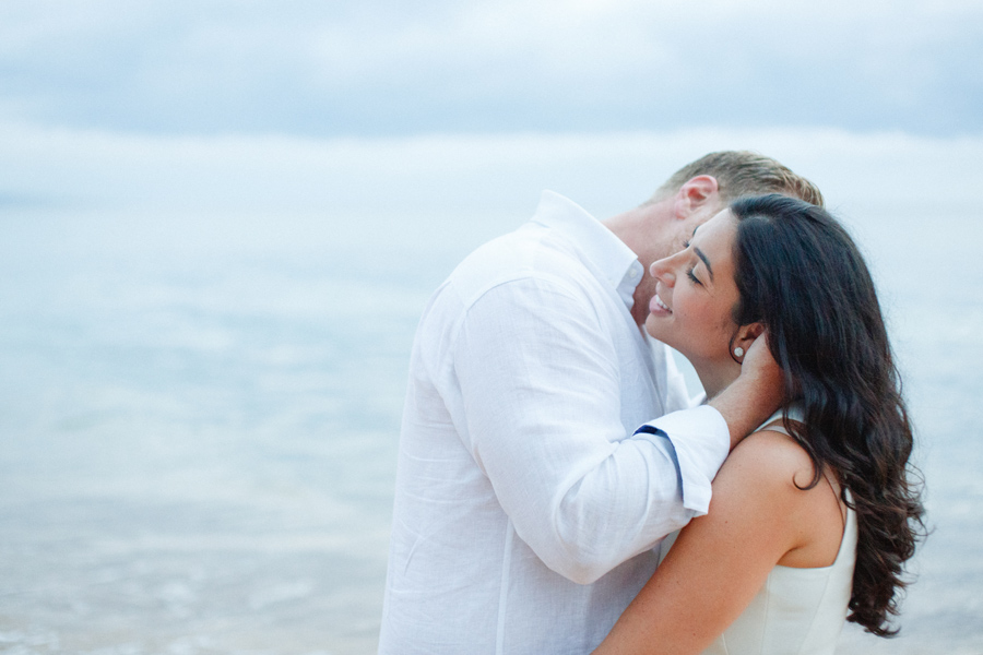 hawaii honeymoon portrait photography