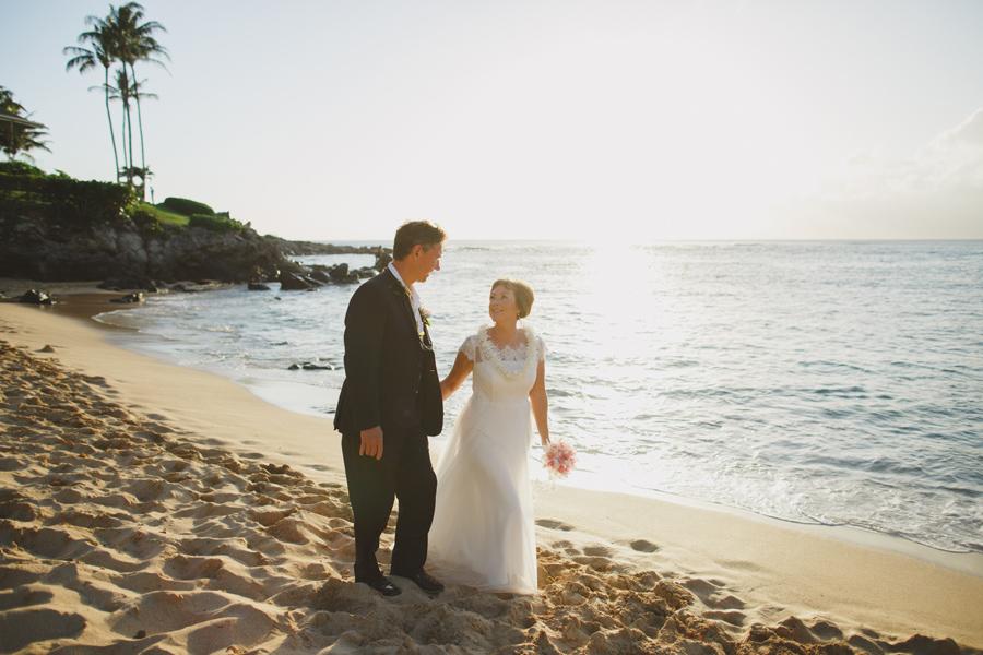 hawaii wedding photographer ocean view