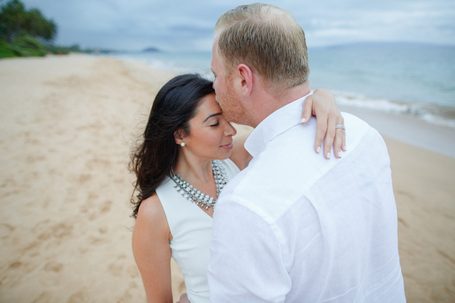 honeymoon photographer on maui