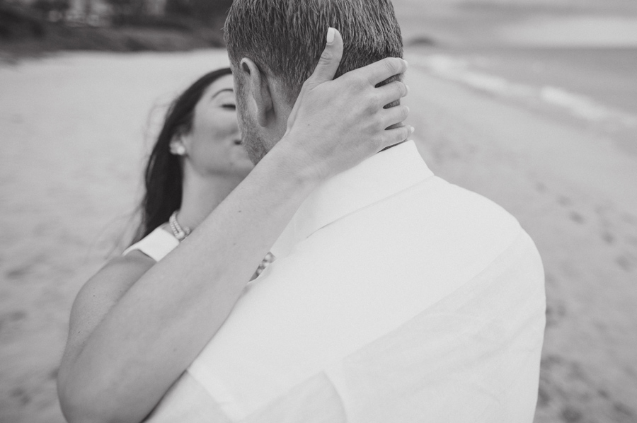 maui black and white engagement