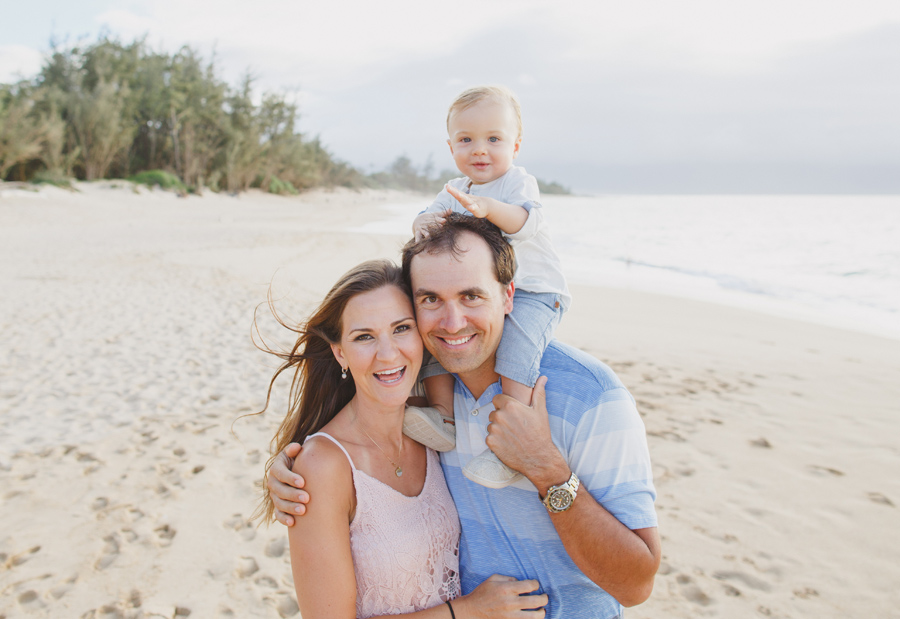 beach family hawaii photographer