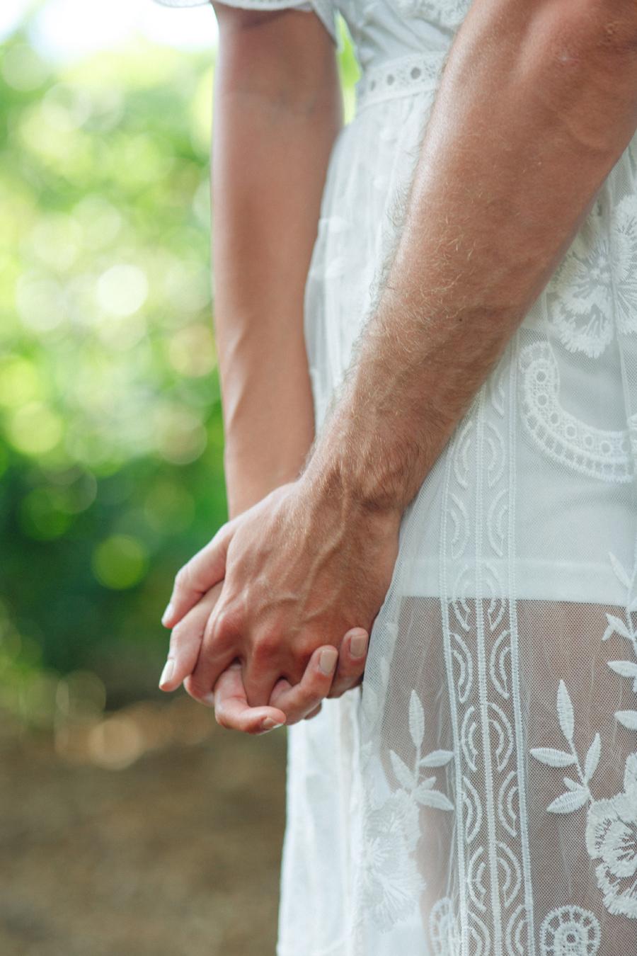 hand holding maui photo