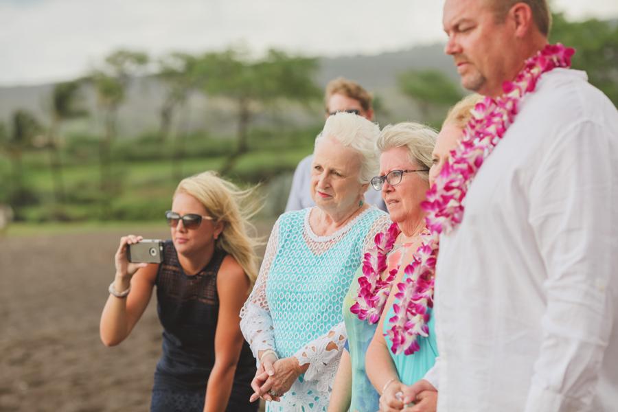 emotional wedding family photography