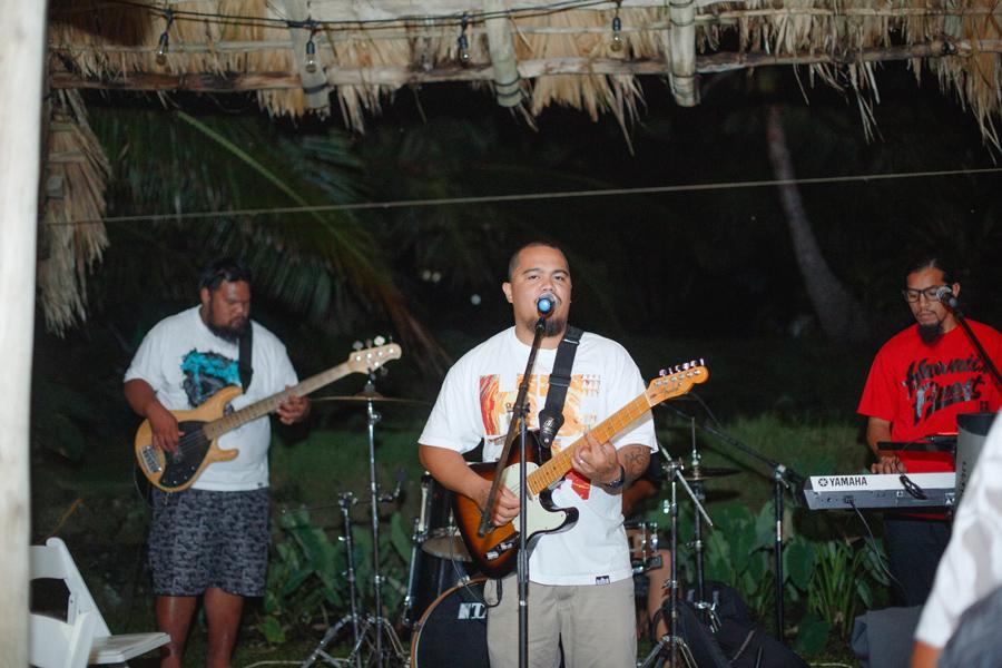 maoli wedding singer