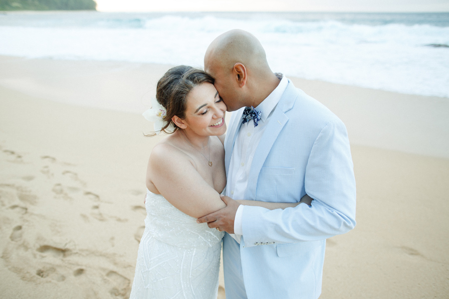 haena beach wedding photographer