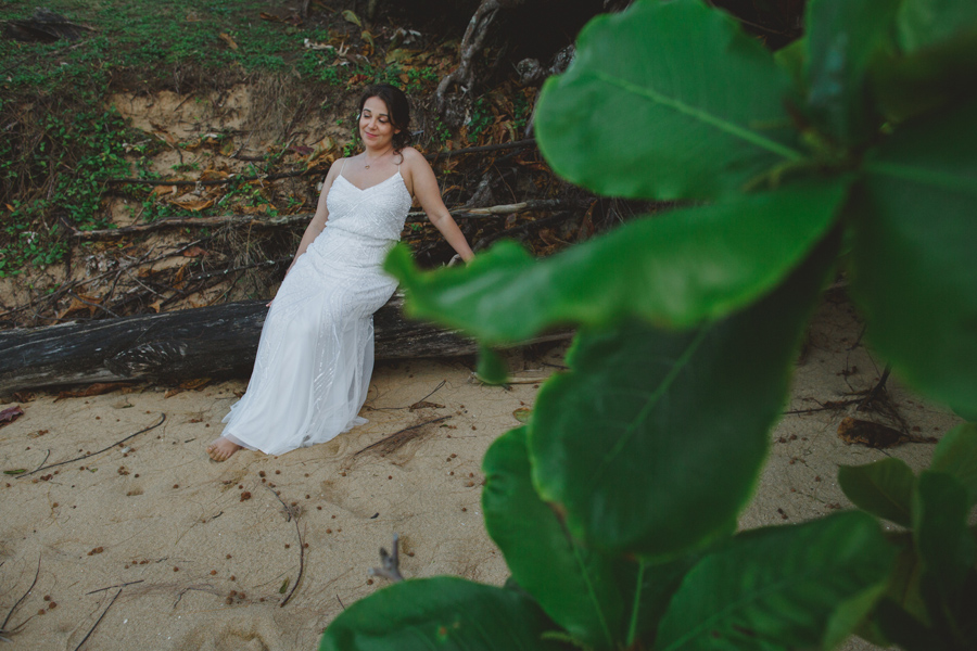 bridal kauai beach portrait