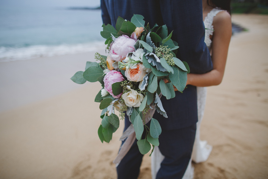 sunya's maui wedding flowers