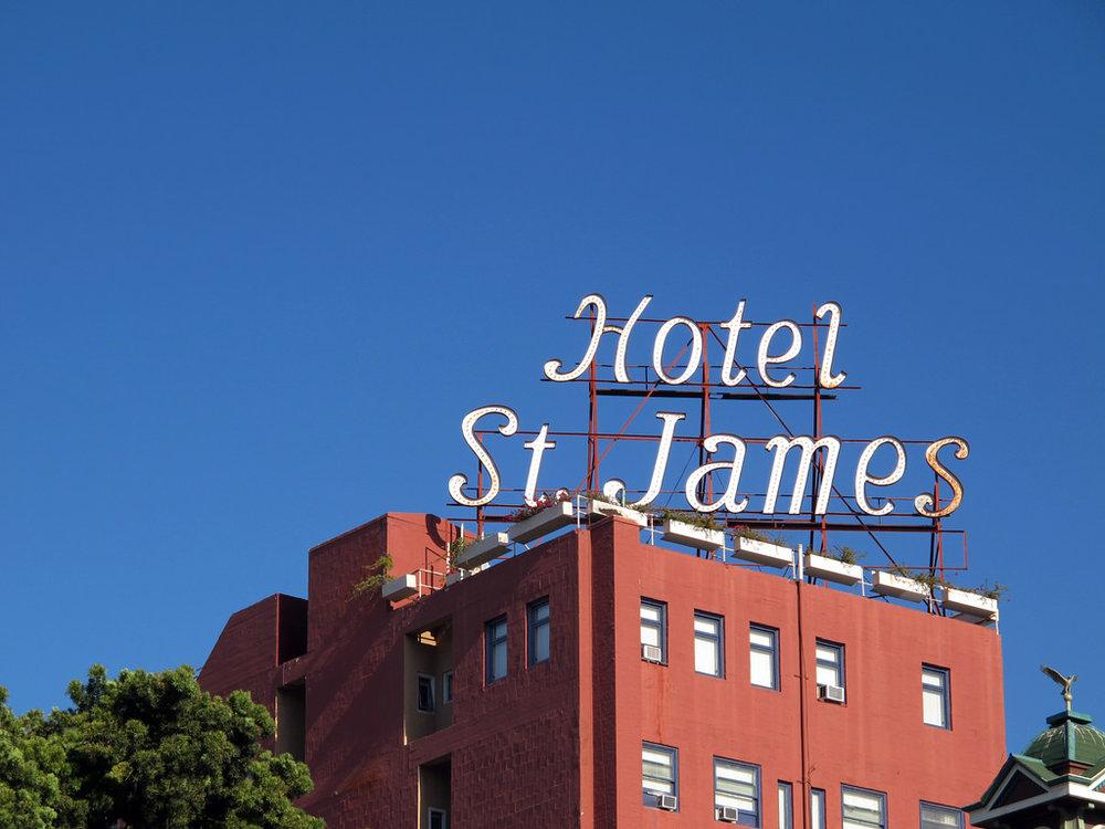 Hotel-St-James-01.jpg