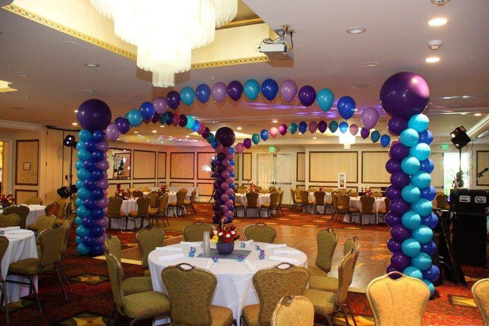 ballroom balloons.jpg